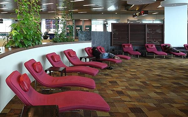 Snooze Lounge at Changi