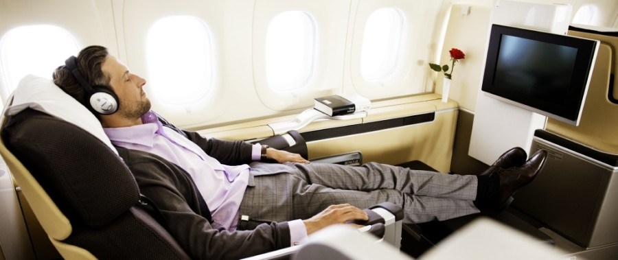first-class-seat-featured